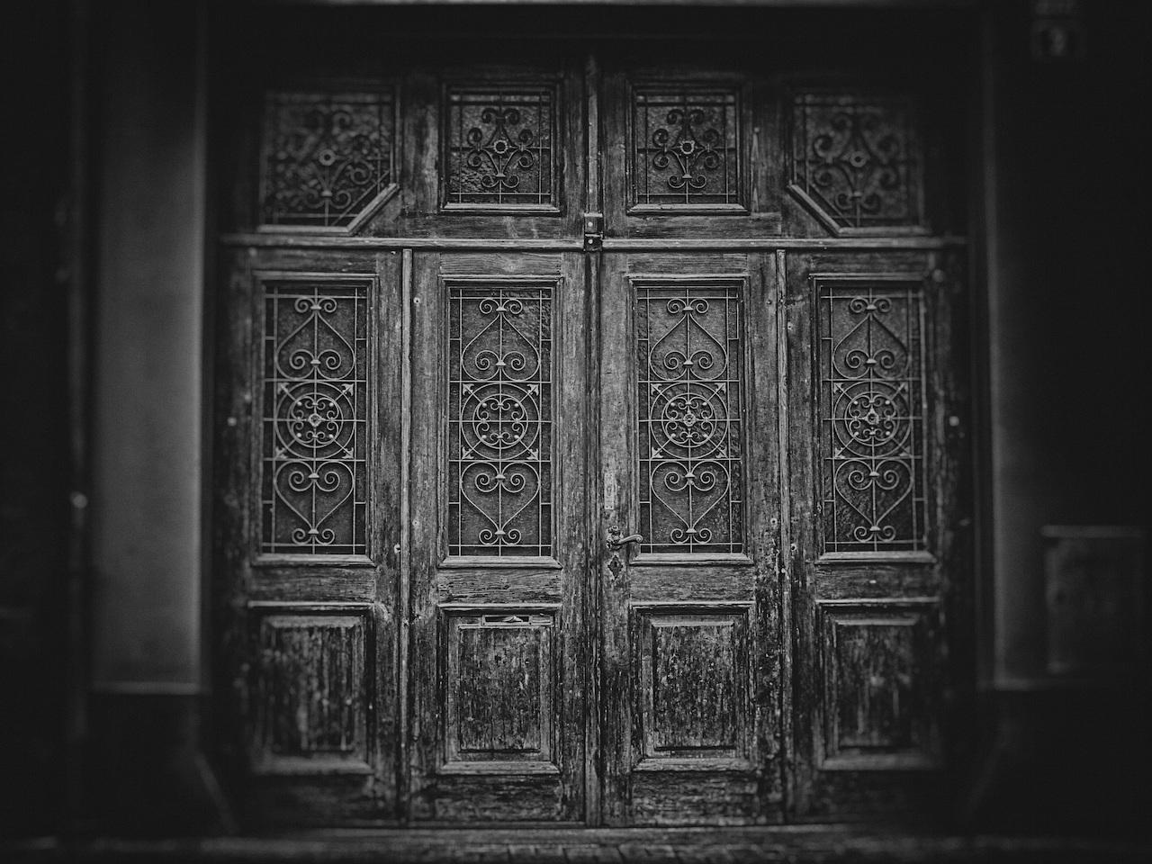 door copy